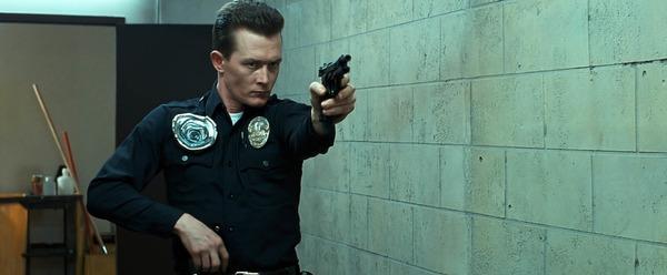 Qui interprète le T-1000 dans Terminator 2 ?
