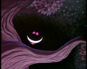 Qui sourit tout le temps et fait disparaître son corps dans Alice au pays des merveilles ?