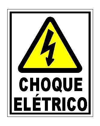 Caso não se consiga desligar a chave geral da casa, as vítimas de choque elétrico devem ser afastadas da corrente elétrica com auxilio de material não condutor de eletricidade, como a madeira por exemplo? ! ?