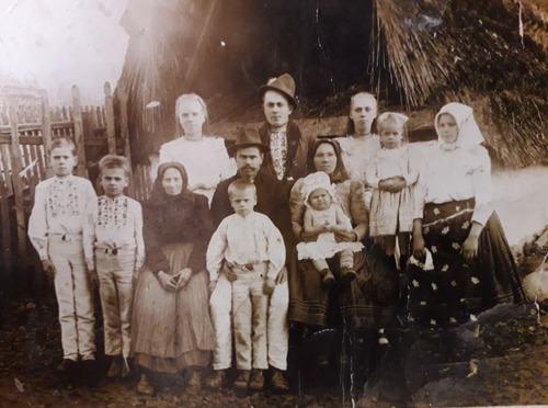 Z akej obce a z ktorého roku pochádza táto fotografia?