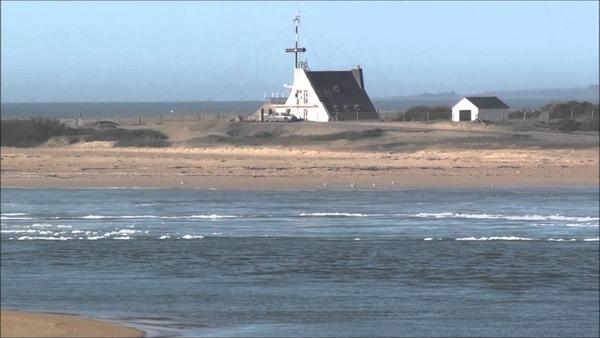 La rivière d'Étel, dans le Morbihan, est connue pour :