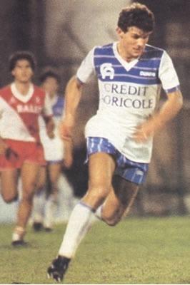 Meilleur buteur du championnat en 1984 avec Auxerre il s'agit de .....