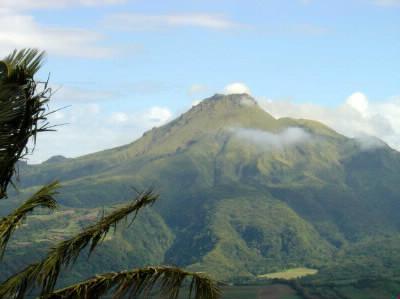 Comment s'appelle le volcan de la Martinique ?