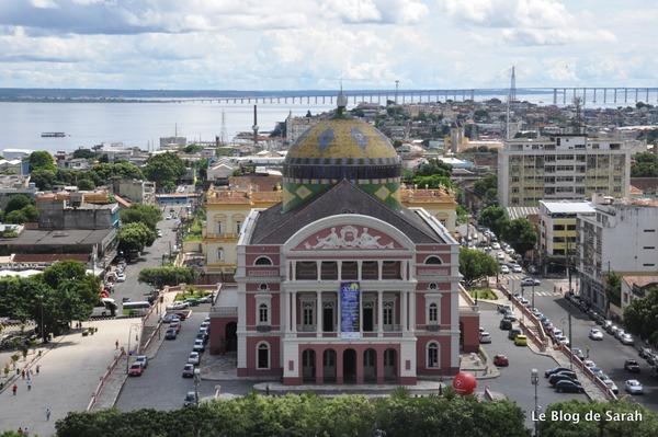 Quel fleuve passe par la ville de Manaus ?