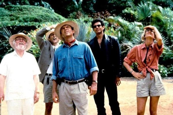 Jurassic Park se trouve sur une île au large de quel pays ?