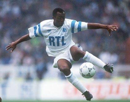 Quel est le véritable nom d'Abédi Pelé ?