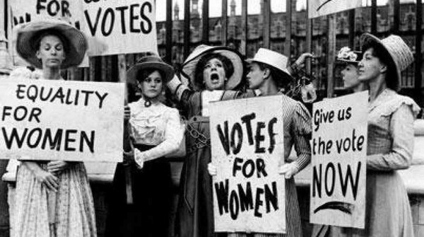 American women obtained the right to vote in 1920.