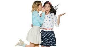 Quelle est la première chanson que Roxy et Fausta ont chanté ?