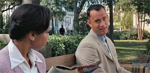 Tom Hanks joue un héros simplet dans le film ?