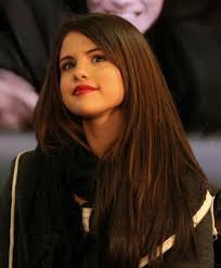Jak naprawdę nazywa się Selena ?