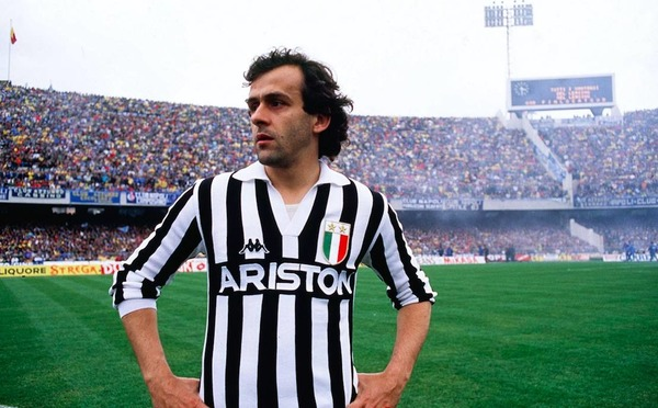 Eté 1982, il rejoint la Juventus de Turin. Quel joueur n'aura-t-il pas comme coéquipier ?