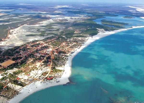 Para ter as vantagens de ser um estado com acesso ao mar, Piauí realizou uma tro¬ca cedendo dois municípios ao Ceará. Quais foram esses municípios?