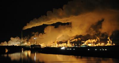 En le ratifiant en 2004, quel pays a permis l'entrée en vigueur du protocole de Kyoto 8 ans après sa signature ?