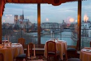 Quelle est la spécialité, depuis 1890, de ce très réputé restaurant parisien sur les quais de Seine, La Tour d'Argent ?
