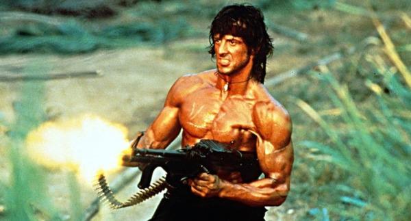Combien y a-t-il eu de films dans la série Rambo ?