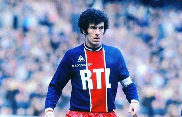 Il a passé 10 ans au PSG pour lequel il a inscrit 98 buts, c'est ?