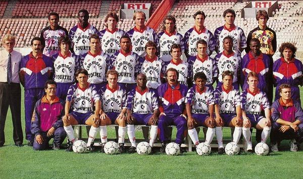 Contre quelle équipe le PSG tombe-t-il en demi-finale de Coupe UEFA 93 ?