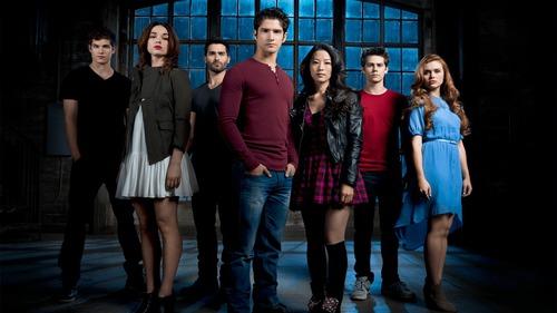 Quando foi lançado o primeiro episódio da série ?