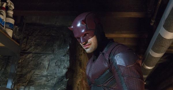 De quelle infirmité est affecté le super héros Daredevil ?