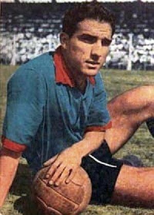 En 1966, il inscit un but contre l'Uruguay, il s'agit de ?
