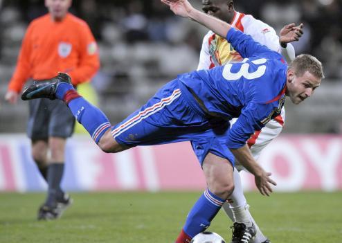 Dans quel club joue Mathieu Bodmer ?