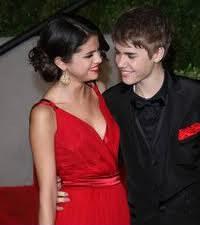 Quel Äge a Selena  ?