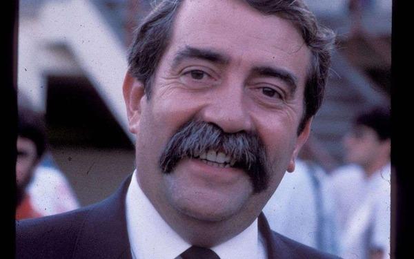 Célèbre président des Girondins de 1978 à 1991, il s'agit de :