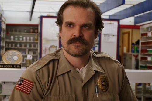Hopper va apparaitre dans quelle saison ?