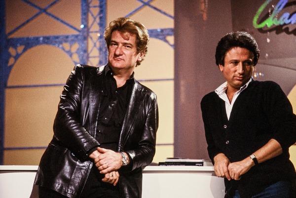 Quelle émission Michel Drucker présentait-il les samedis soirs sur Antenne 2 ?