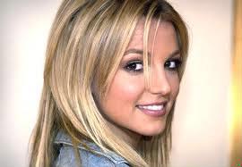 """Complétez ces paroles de Britney Spears - """"Hold it against me"""" : Cause you feel like..."""