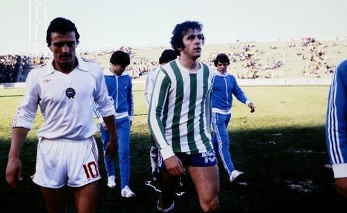 Contre quelle équipe la France a joué en vert et blanc en 1978 ?