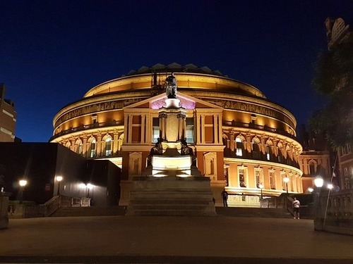 Que sala de concertos é esta?