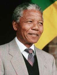 L'homme noir le plus important nommé Nelson Mandela est né à :