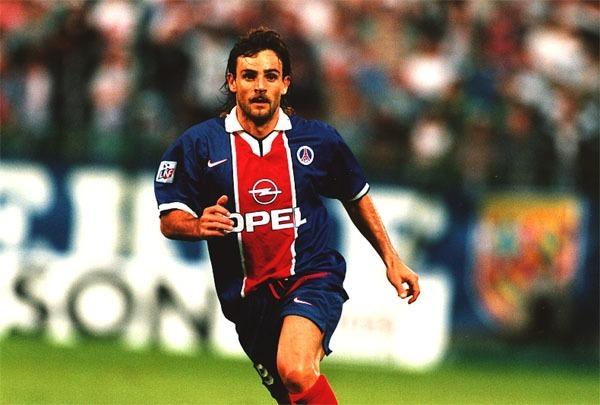 Marco Simone n'est resté que 2 saisons au Paris Saint-Germain.