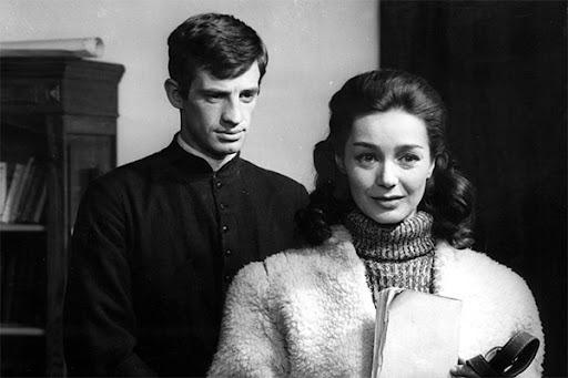 En 1961, quel est le nom du prêtre qu'il interprète ?
