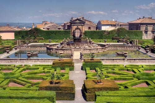 Il Giardino di Villa Lante è un giardino di stile