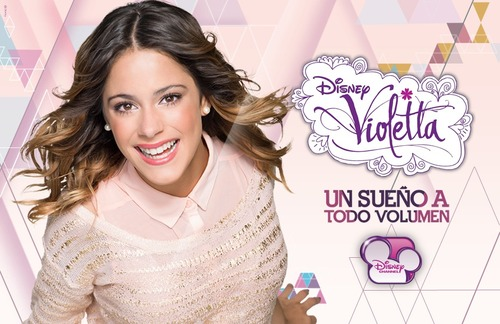 Cuando se estrenó Violetta un sueño a todo volumen (v2) ?