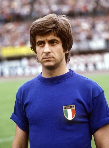 Gianni Rivera n'a connu qu'un seul club dans sa carrière professionnelle : Le Milan AC.