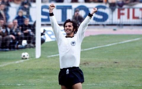 En 1972, sur quel score l' Allemagne de l' Ouest bat-elle l'Union Soviétique en finale ?
