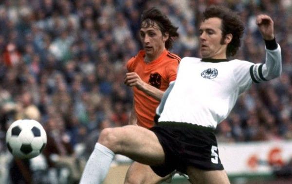 Où se dispute la finale de 1974 entre l' Allemagne de l'Ouest et les Pays-Bas ?