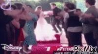 Violetta ..... hogy esküvője lesz Leónnal