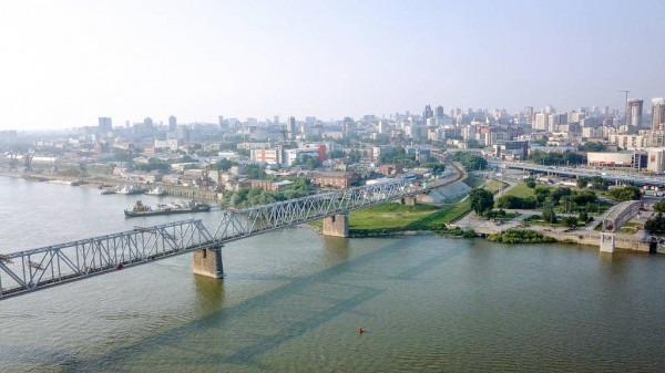 Quel fleuve passe par la ville de Novosibirsk ?