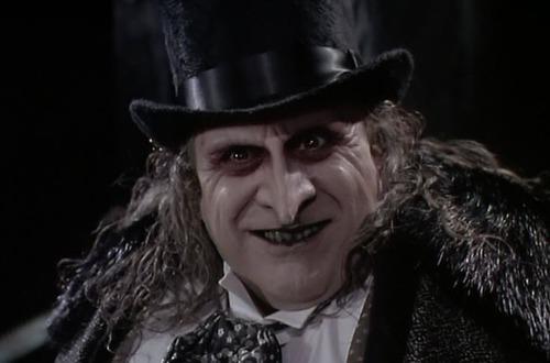 Le méchant dans Batman le Défi de Tim Burton ?