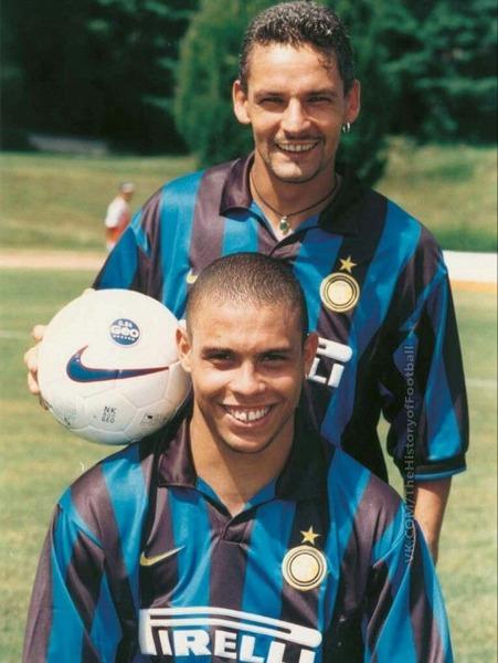 A l'Inter, il a pour coéquipier Ronaldo mais aussi .....