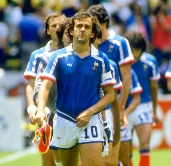 Le 21 juin 1986, quel match l'équipe de France va-t-elle disputer ?