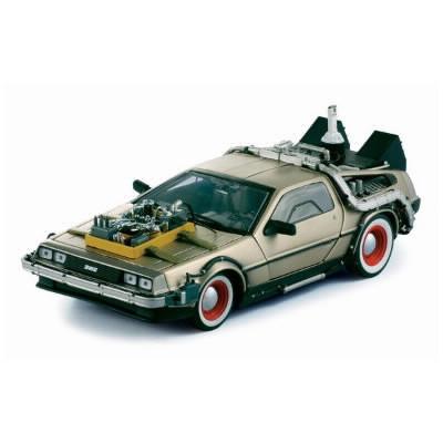 """Dans """"retour vers le futur"""" quel est le nom de la voiture qui remonte le temps ?"""