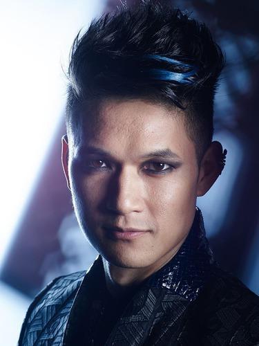 Magnus est :