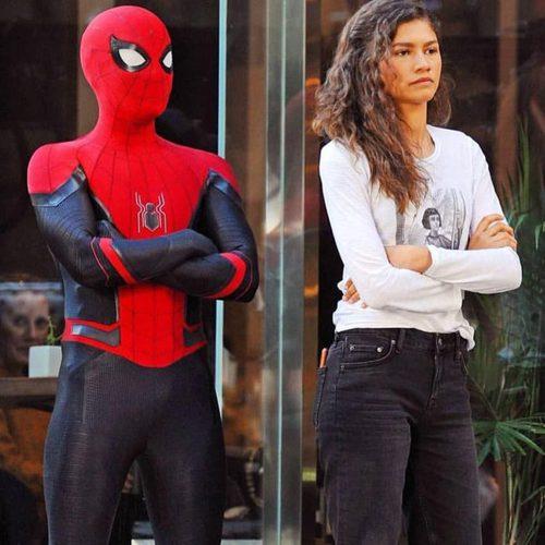 Dans Spiderman far from home, que se passe-t-il de grave pour Peter Parker ?