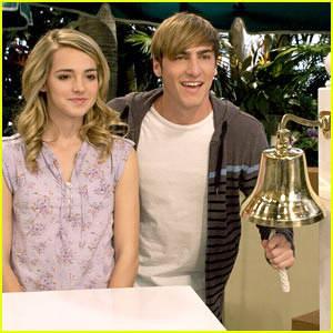 Dans la série Big  time rush, la petite amie de Kendall s'appelle comment ?