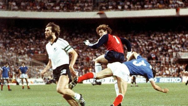 A la 56e minute, Harald Schumacher va violemment percuter ce joueur français qui se présente seul face à lui. Quel est ce joueur en question ?